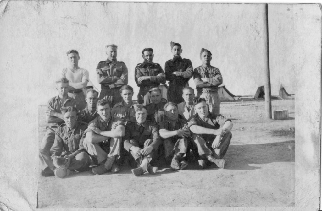 WW2 North Africa Campaign troop photo