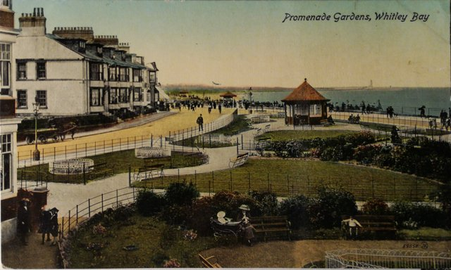 Vintage postcard of Promenade Gardens, Whitley Bay, Northumberland
