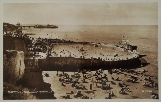 Old postcard of the Bathing Pool, Cliftonville, Kent
