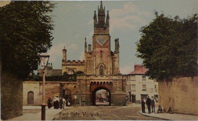 East Gate, Warwick, vintage postcard