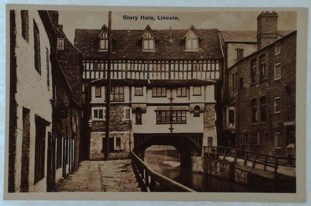 Vintage postcard of Glory Hole, Lincoln
