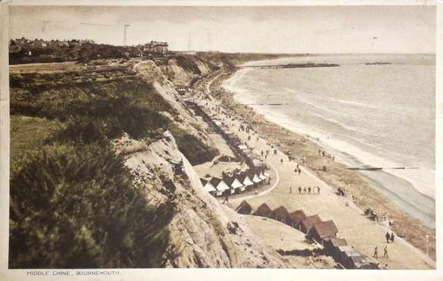 Vintage postcard of Middle Chine, Bournemouth