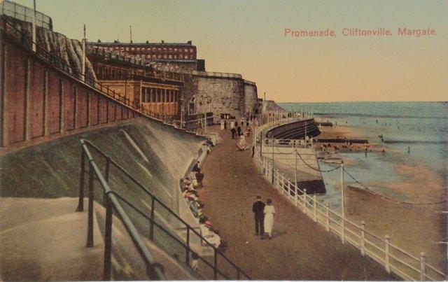 Promenade, Cliftonville, Margate, Kent, vintage postcard