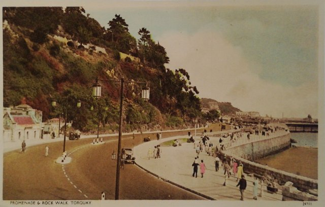 Promenade and Rock Wall, Torquay, Devon, vintage postcard