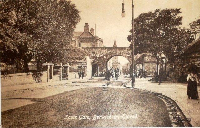 Vintage postcard of Scois Gate, Berwick-on-Tweed, Northumberland
