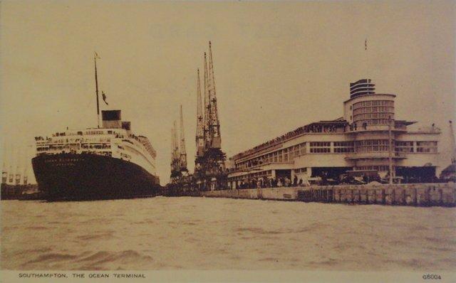 Southampton, The Ocean Terminal vintage postcard