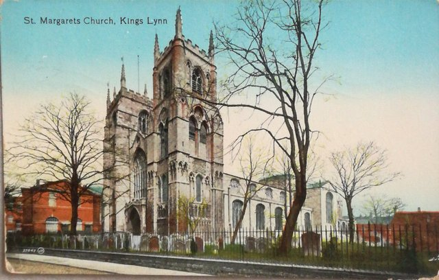 Vintage postcard of St Margaret's Church, Kings Lynn, Norfolk