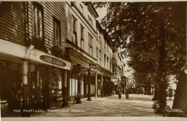 Vintage postcard of The Pantiles, Tunbridge Wells, Kent