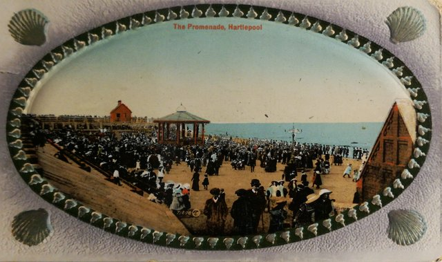 Vintage postcard of The Promenade, Hartlepool, Durham