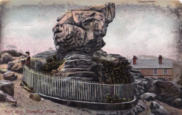 Vintage postcard of Toad Rock, Tunbridge Wells, Kent