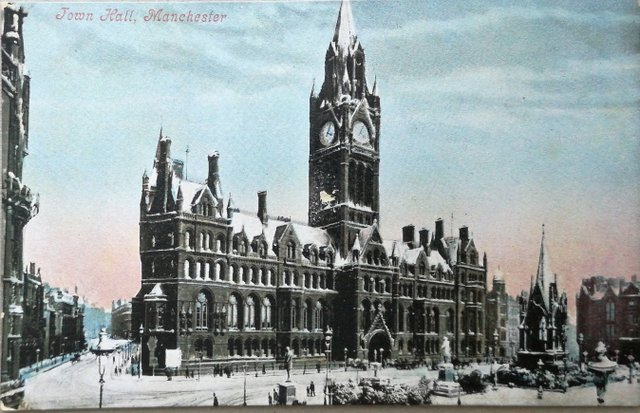 Town Hall, Manchester, vintage postcard