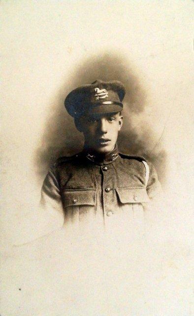 Unknown soldier, photo postcard